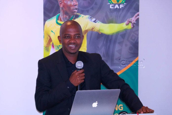 Mwendwa Promises Swift League Resumption, Talks Vaccination of Players & Officials