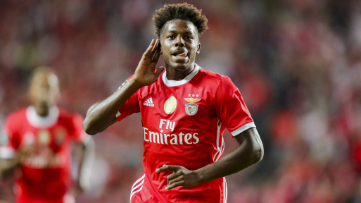 Arsenal open talks to sign Benfica left-back