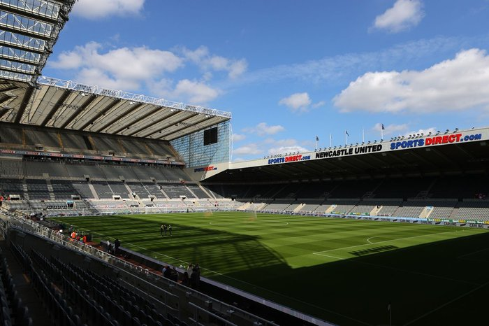 Newcastle vs Tottenham suspended after fan collapse in stands